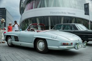 Mercedes-Benz-Museum, Cars & Coffee