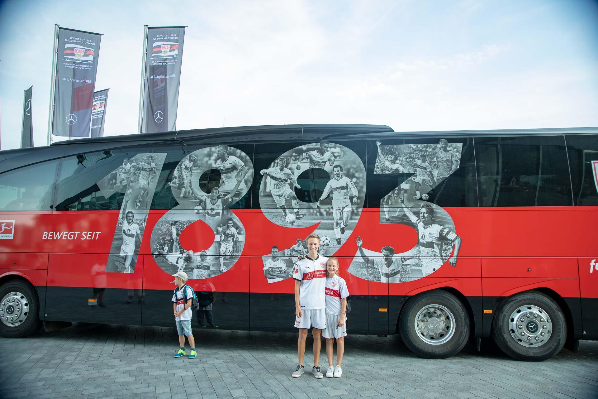 Der neue VFB Mannschaftsbus