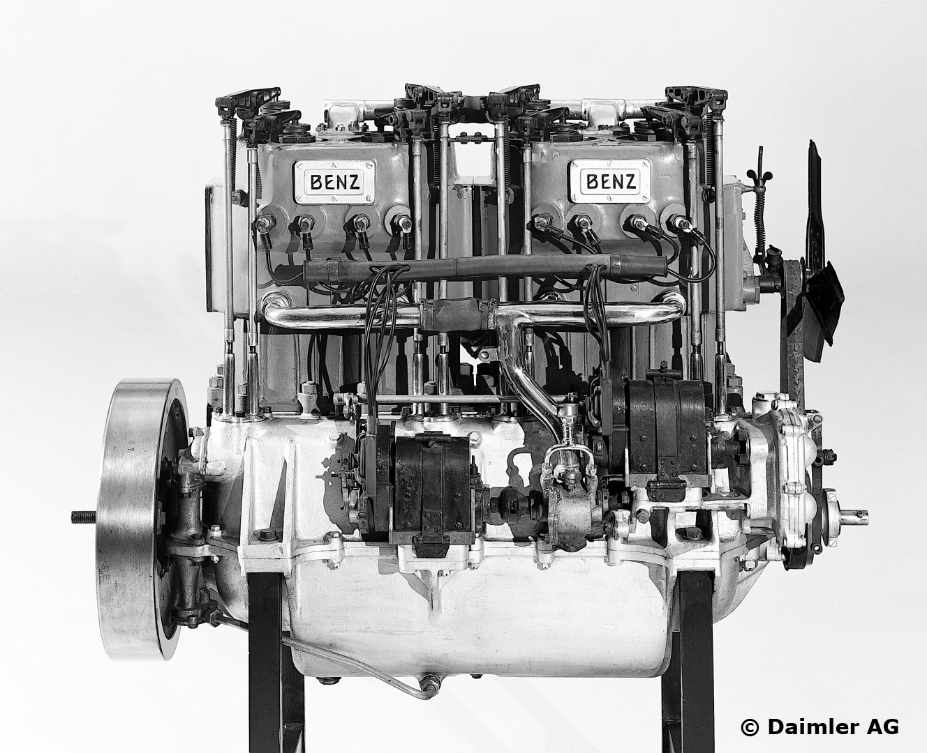 Benz-Rennmotor von 1909. Der Motor wurde im legendären Blitzen-Benz eingesetzt und hatte eine Leistung von 200 PS