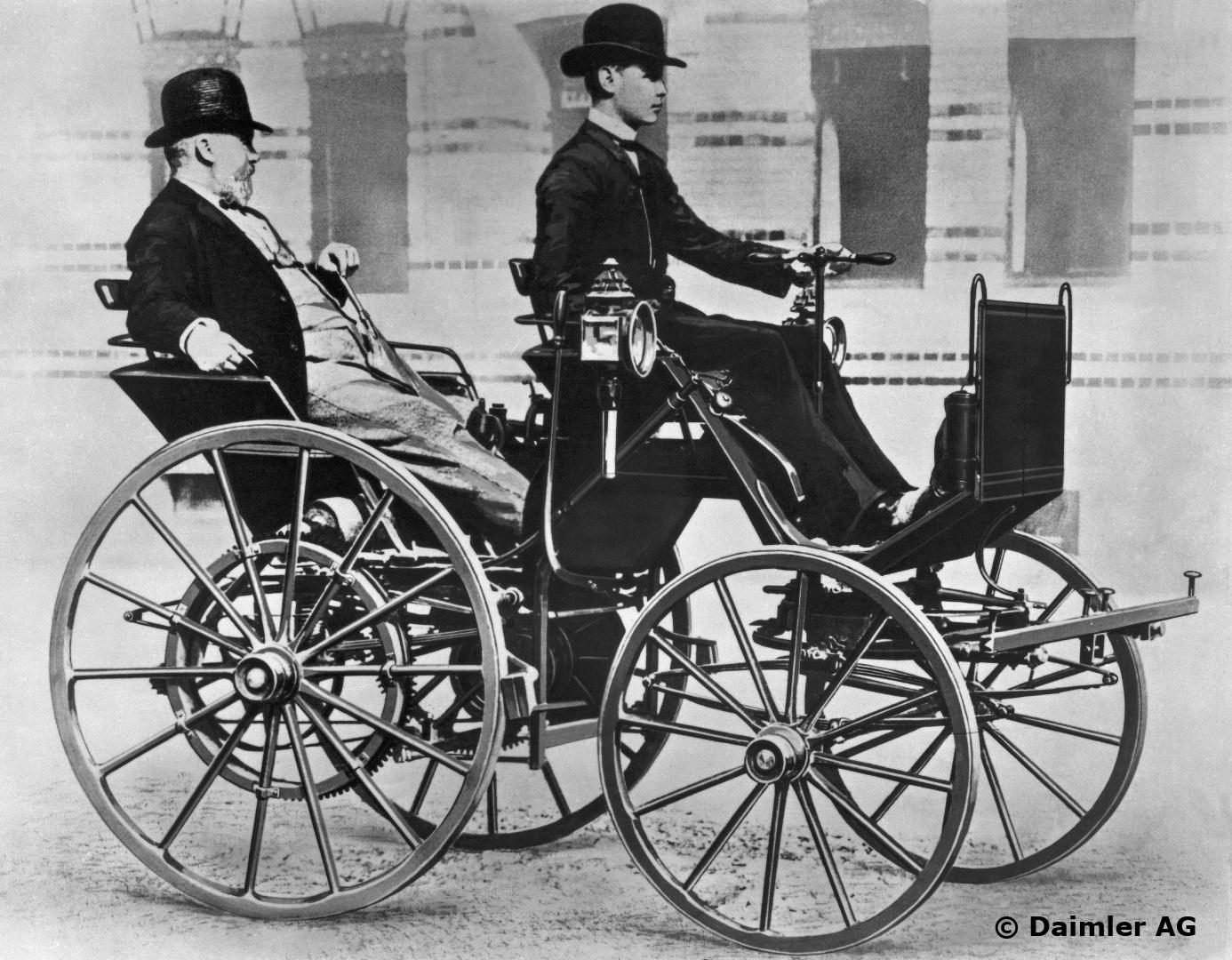 Gottlieb Daimler mit seinem Sohn Adolf